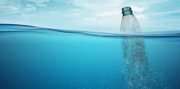 바다를 살리는 재생 플라스틱 섬유