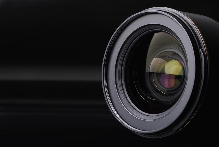 국내 최초 고급 광학렌즈 소재 '고순도 XDI'란?