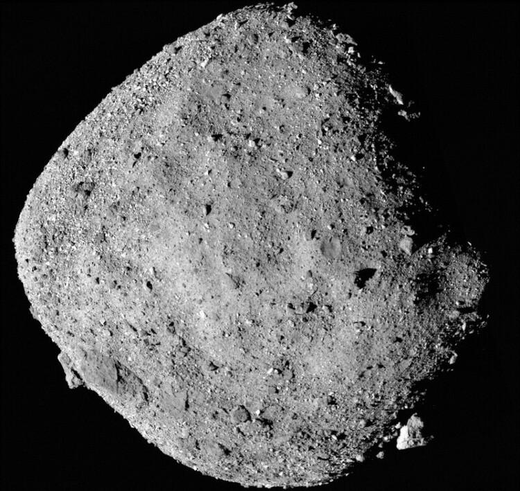 나사 탐사선, 3억km 거리 소행성 '베누' 흙 담아