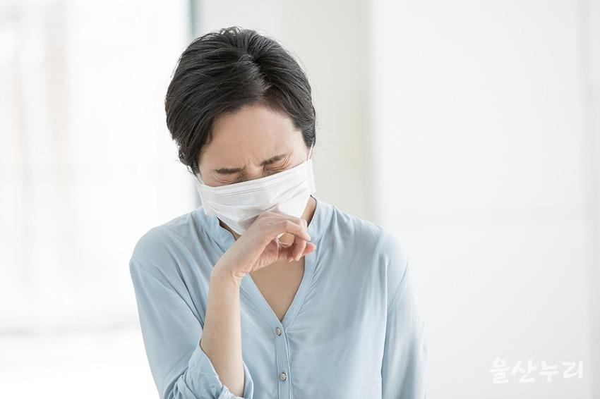 신종 코로나 바이러스 감염증 관련 울산 선별진..
