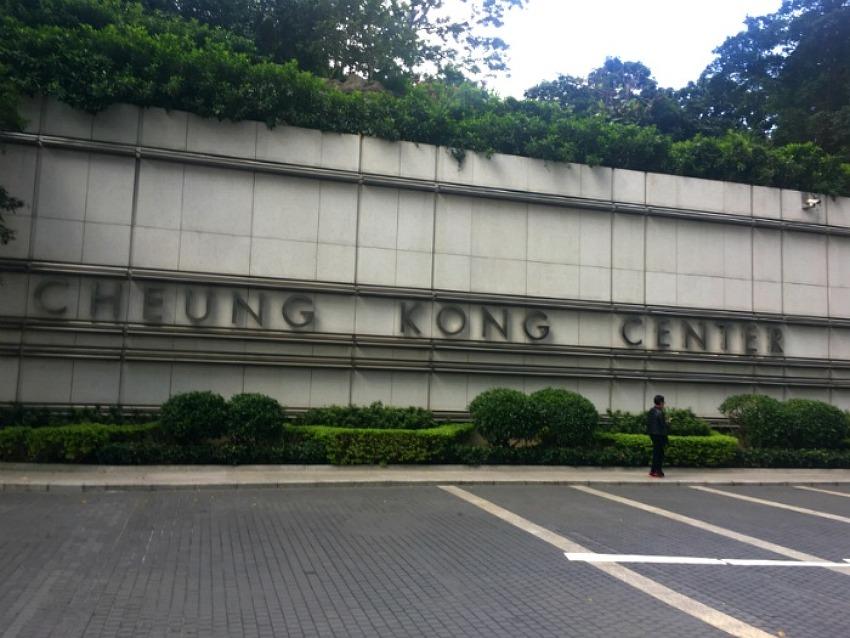 홍콩3 - 높거나 좁거나, 홍콩살이