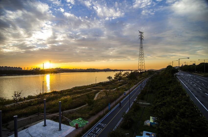 오늘의 한강, 일몰이 환상적입니다. ㅎㅎ