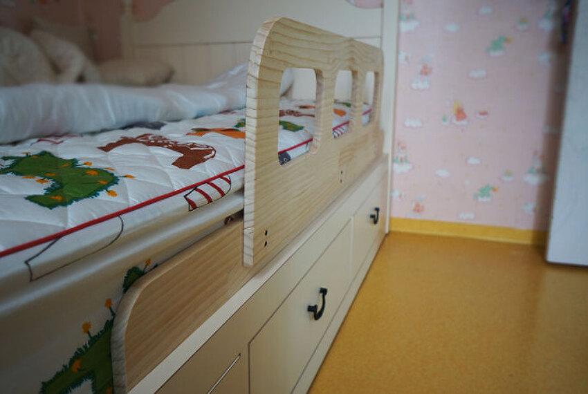 딸래미 침대 안전가드 제작