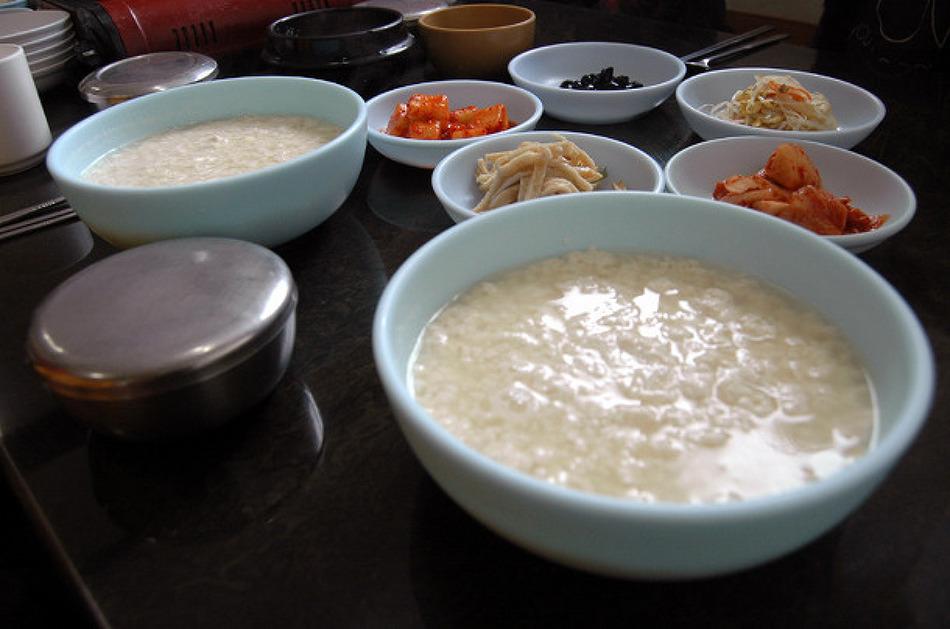 강릉 초당두부의 원조 : 고분옥할머니순두부