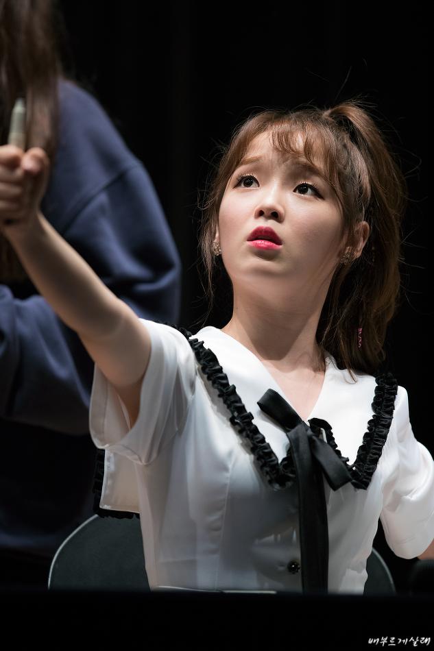 17.04.30 인천 청소년수련관 팬사인회